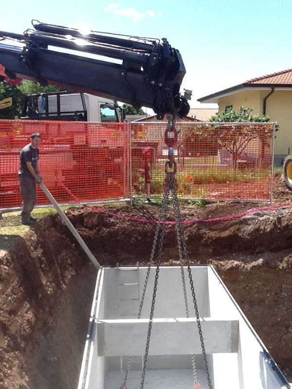 Posa vasca di raccolta delle acque piovane per impianto irrigazione