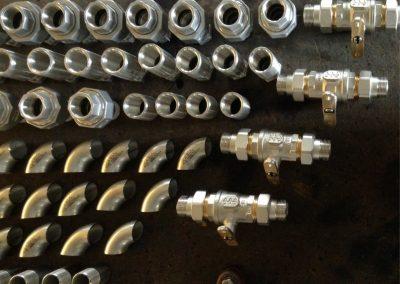 Preparazione impianto industriale inox per cantina